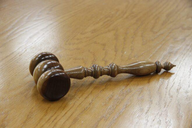 gavel, wood, courtroom